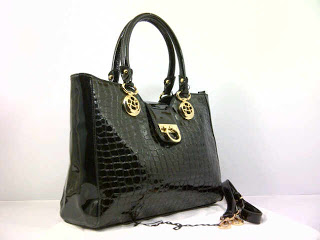 new-salvator-ferragamo-super-croco-komb-glosi-351black-35x12x26-idr370rb