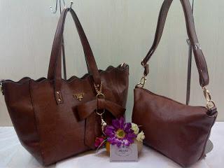 prada-568-2bag-31x25x14-semsup-bahan-kulit-brown-250rb