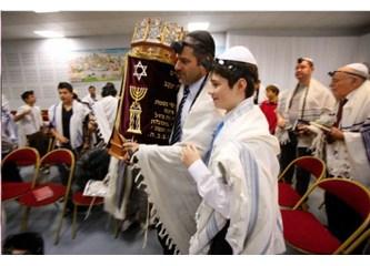 Kuran'dan Hristiyanlar ve Museviler de sorumlu mu?