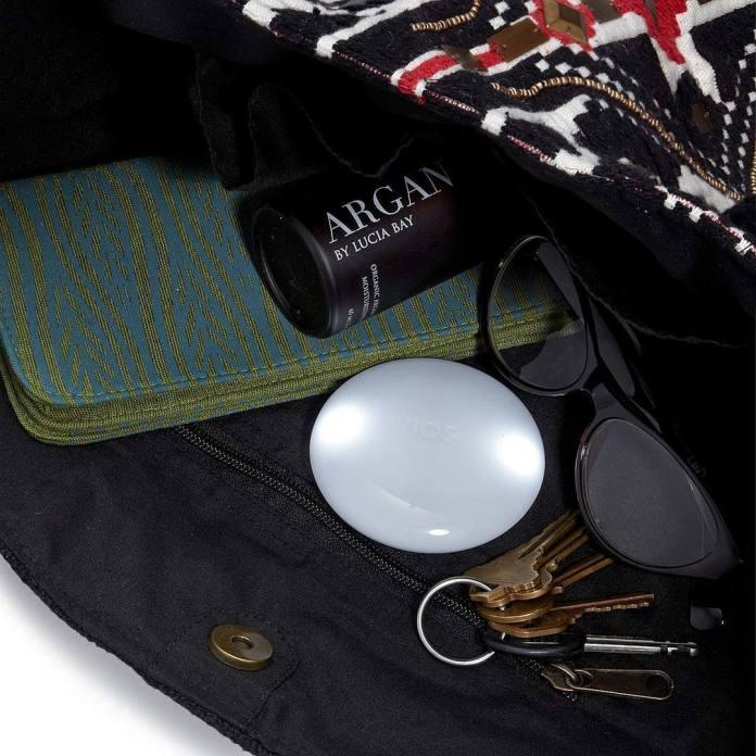 https://www.uncommongoods.com/product/automatic-handbag-illuminator