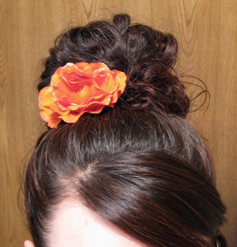 Flower In Hair Sarahs Place For Long Hair