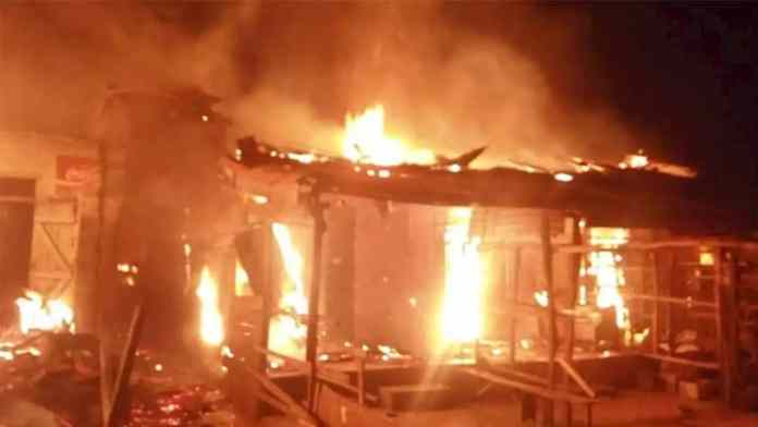 Man put fire on self, girlfriend in Benue