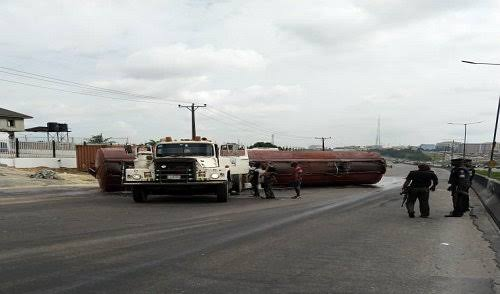 Miracle! Fire explosion averted, as tanker with PMS detached on Otedola Bridge