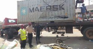 FRSC confirms 6 dead as container falls on vehicles in Anambra