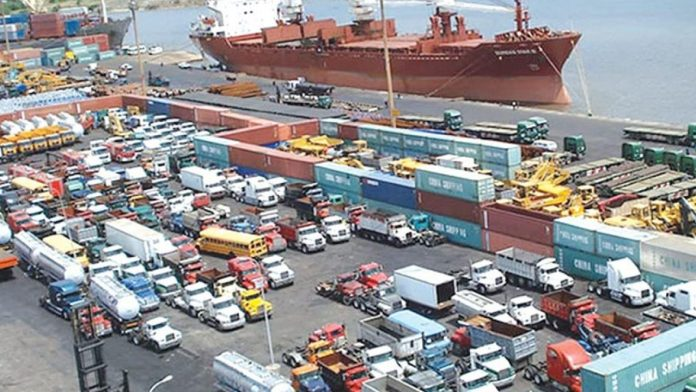 How FG can reduce port congestion in Nigeria
