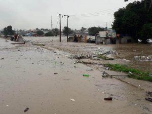 Abuja-Lokoja road close to the flooded bridge