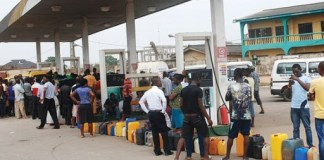 Breaking: NNPC blames EndSars protests, as petrol queues return