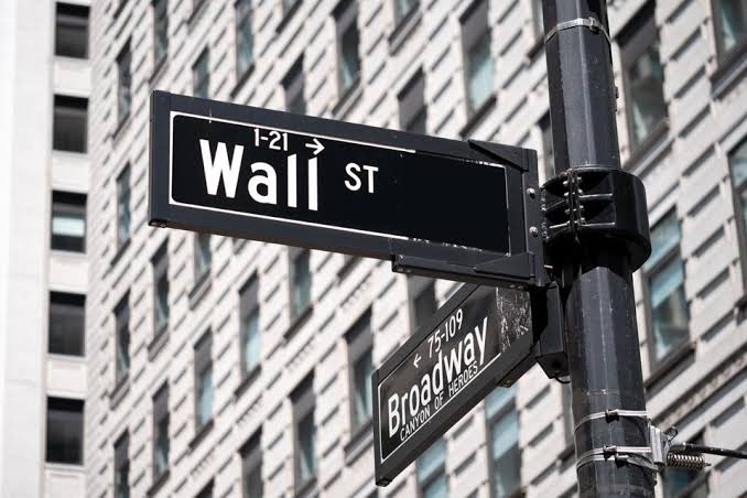 Wall Street Records Gains As Unemployment Rises