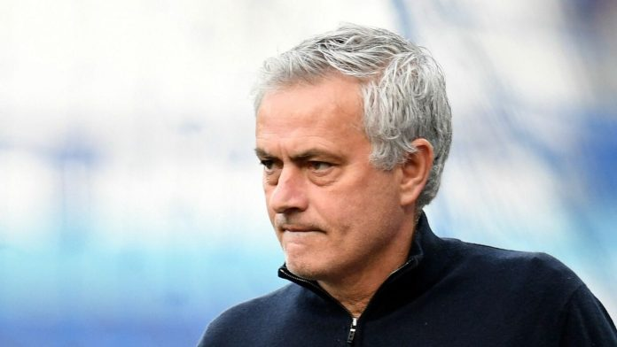 Breaking: Jose Mourinho signs 3-year deal with Roma