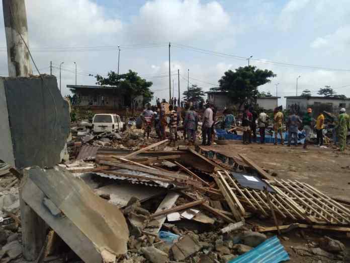 Artisans, food vendors, others count losses as govt demolish structures along Mile 12/Ikorodu Road