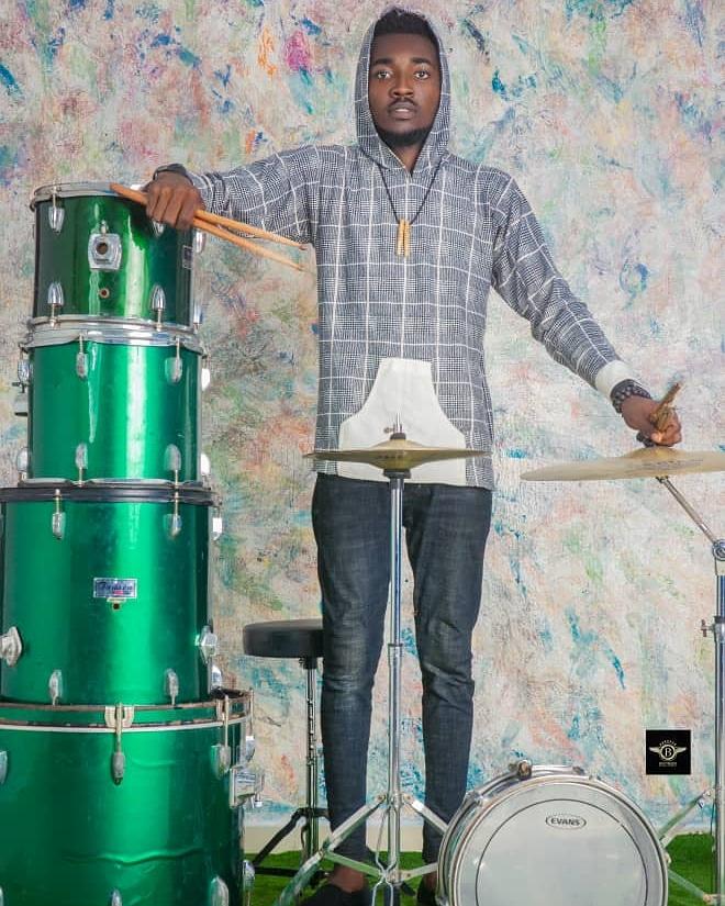 Jerry-Xtix Drummer