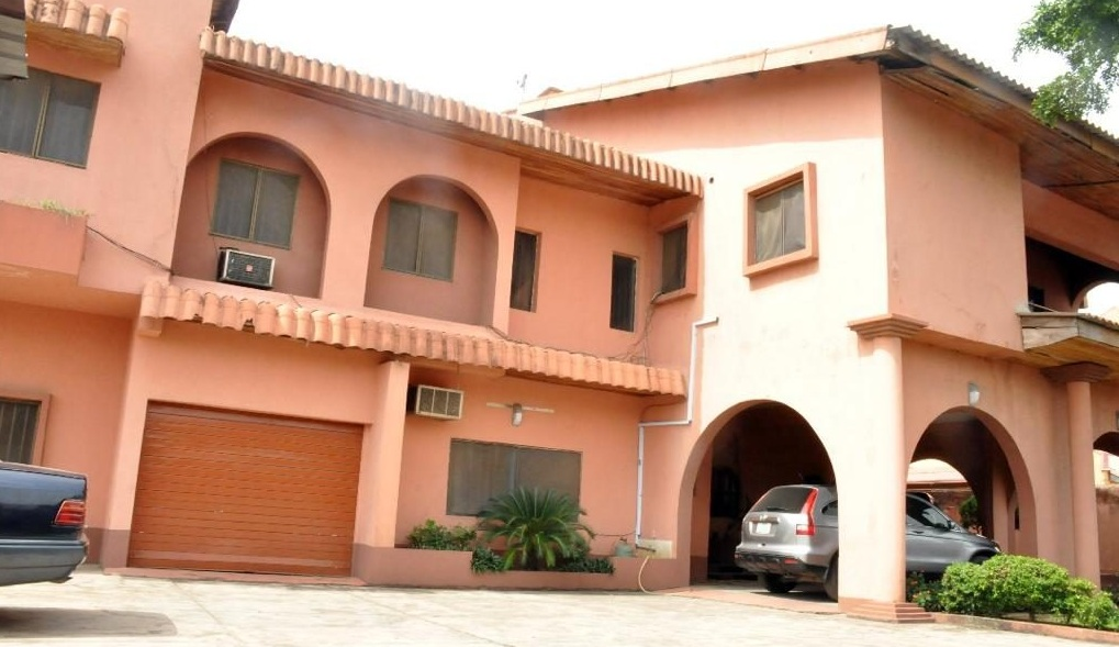 BEAUTIFUL DETACHED HOUSE FOR SALE AT FESTAC
