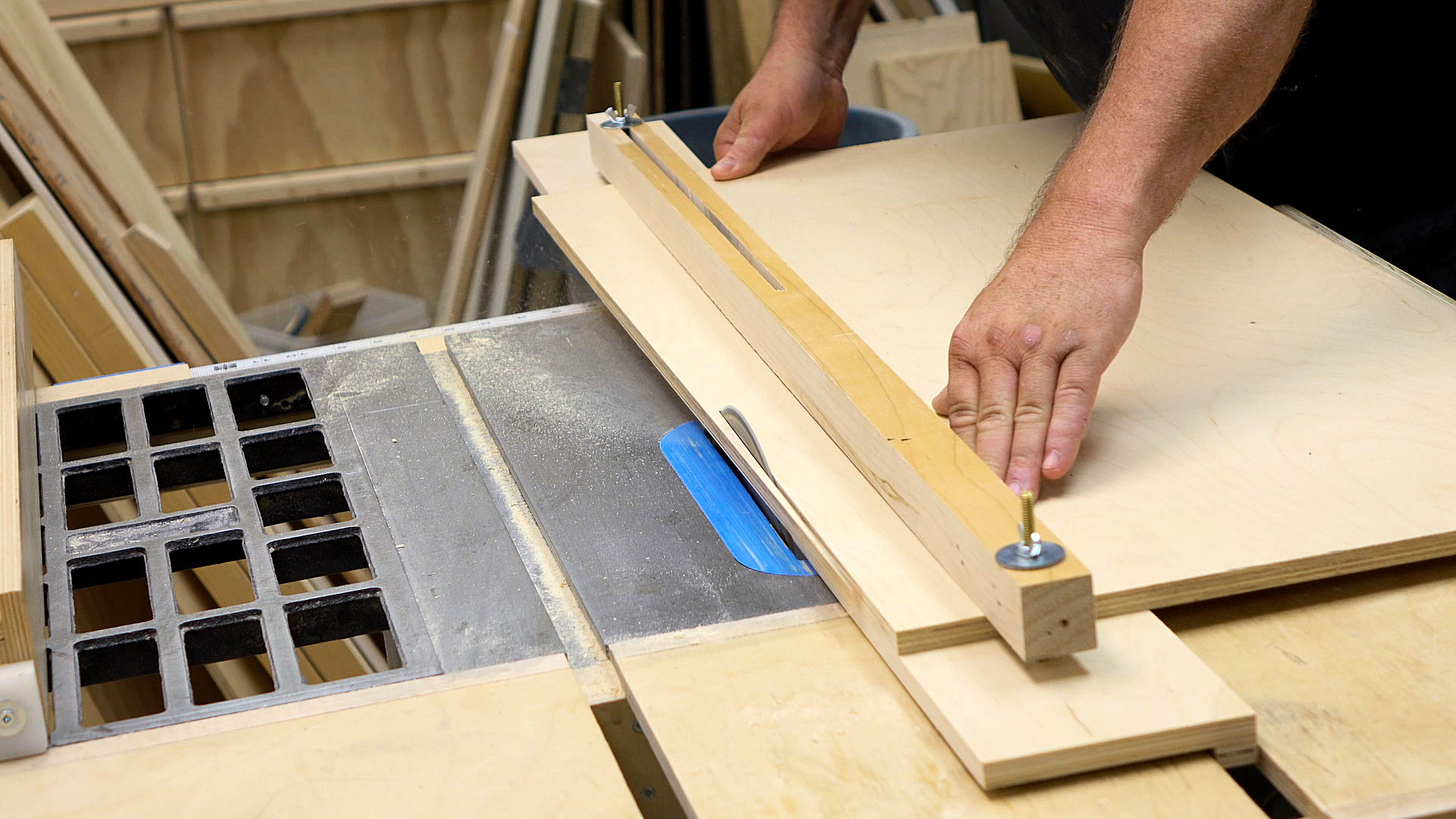 Table Saw Crosscut Jig Plans