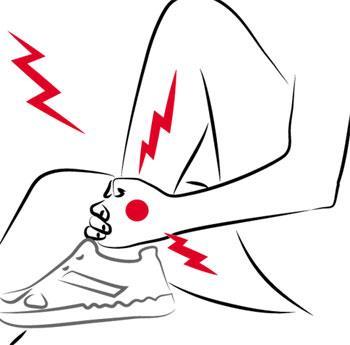 小腿腫脹疼痛。別自己亂按摩!9種身體警訊。最好馬上去看醫生-良醫讀書會-良醫健康網
