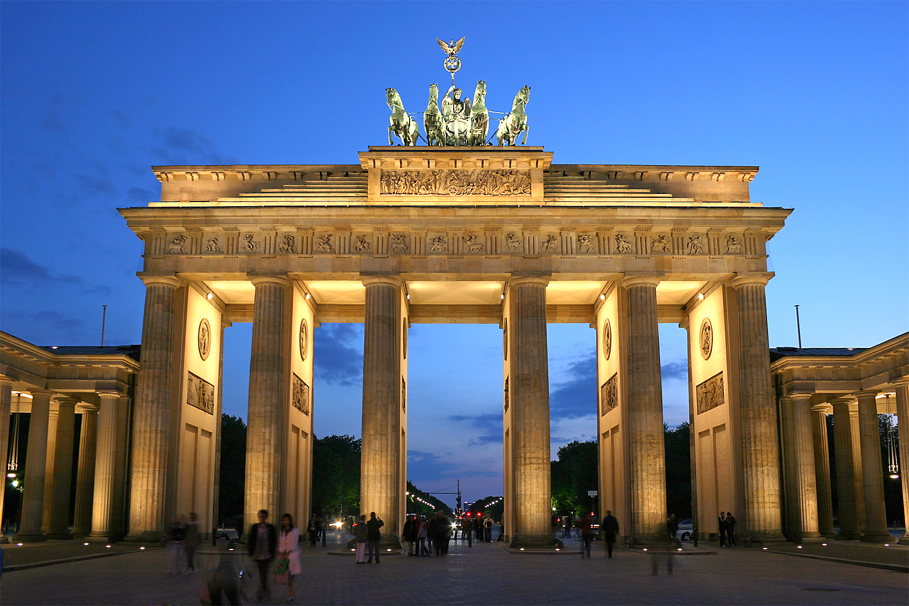 brandenburg_gate_latest