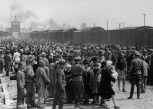 Selection_Birkenau_ramp
