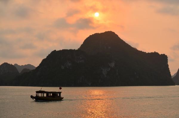 Sunset di Halong