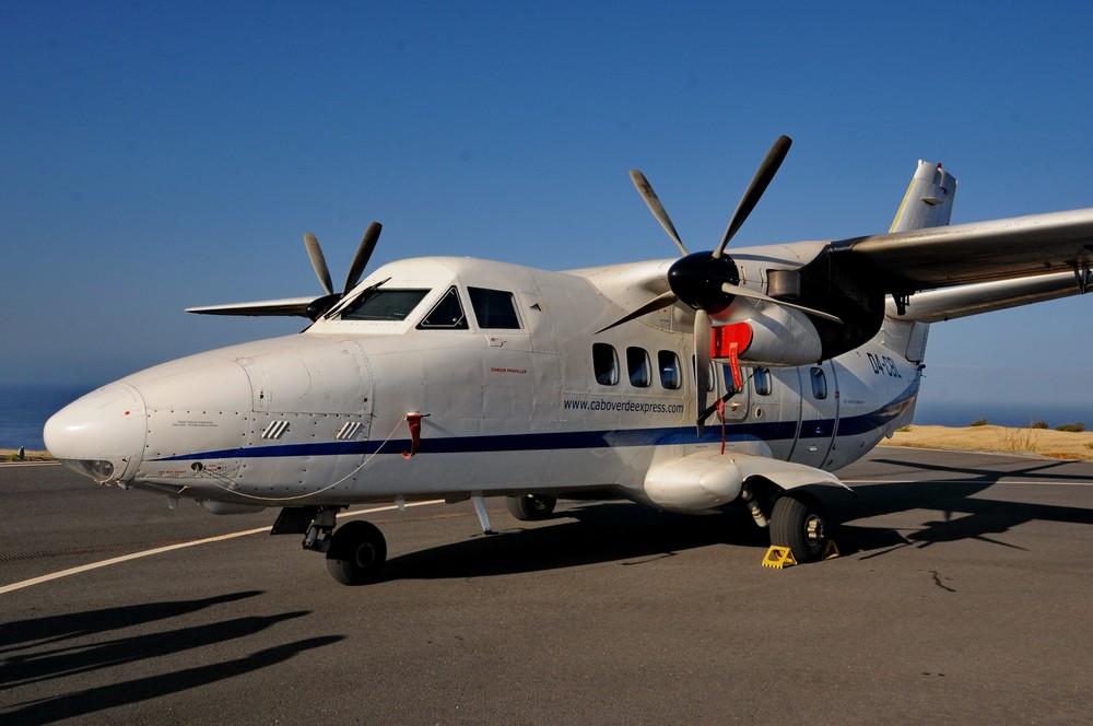 Самолет Л-410 в аэропорту Сан-Фелипе