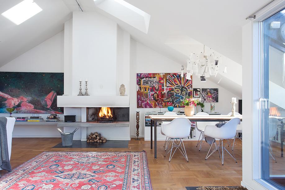 Un piso de estilo eclctico con un estilismo de 10