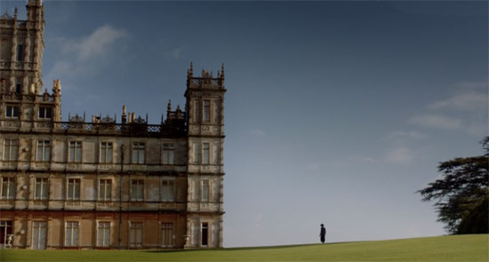 lady-in-black-on-downton-estate