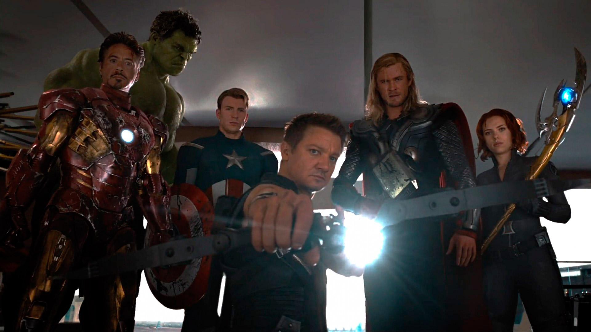 avengers-assemble-to-apprehend-loki-l