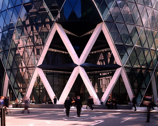 Unusual Houses of the World - Entrance to the Gherkin Building