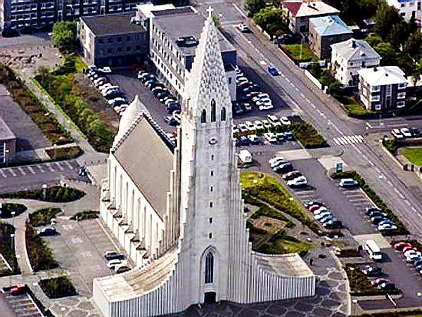 CHURCH-OF-HALLGRIMUR-REYKJAVIK