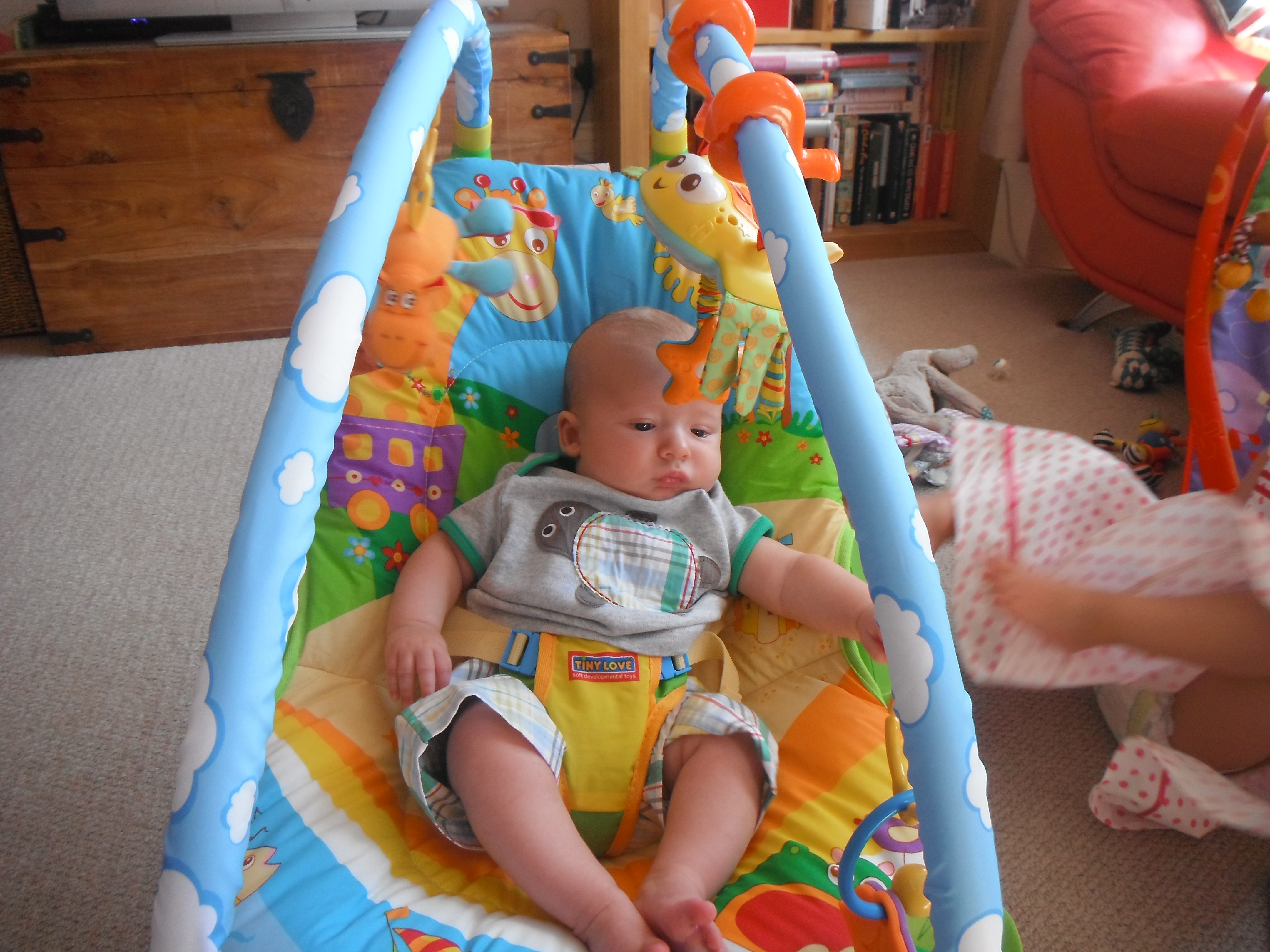 tiny love bouncer chair chairs in target bouncing with my rocknrollerbaby