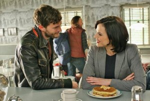 once-upon-a-time-welcome-to-storybrooke-graham-regina