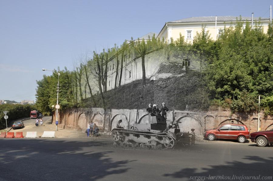 21.Smolensk 1941-2013 Grandes chicos soviéticos rellenan en el T-26