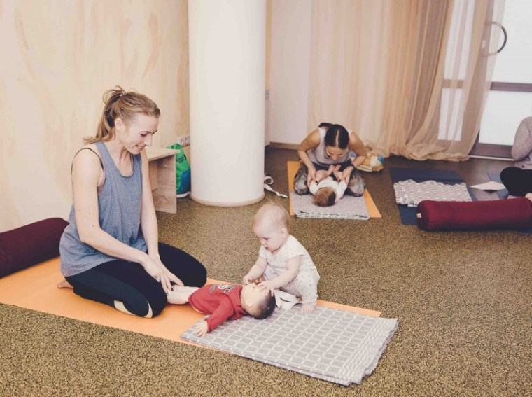 Молоко и миндаль - курсы для мам, онлайн-курс, мамины классы, мамины встречи, бэйби йога