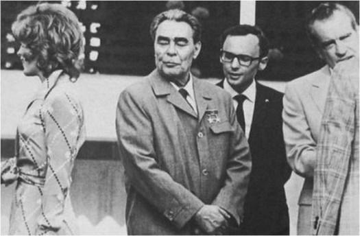 Leonid Brezhnev Richard Nixon and Jill St John  - Bond girl in Diamonds Are Forever