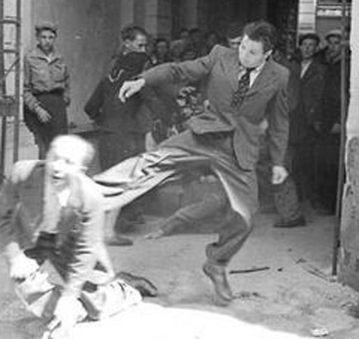 Избиение еврея
