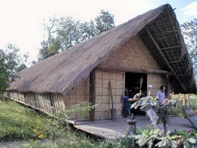 vietnam's longest house