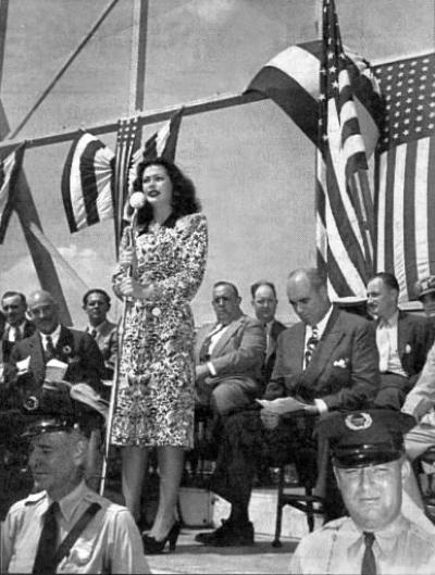 hedy lamarr 1942 war bond rally york pa.large