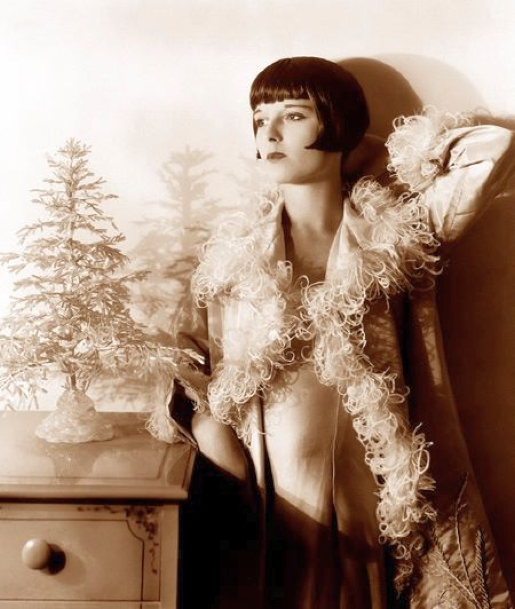 christmas louise brooks 00