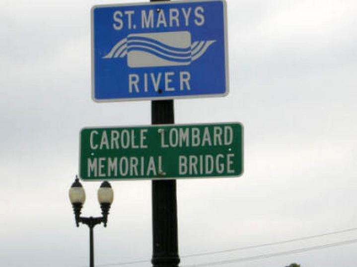 carole lombard memorial bridge 00