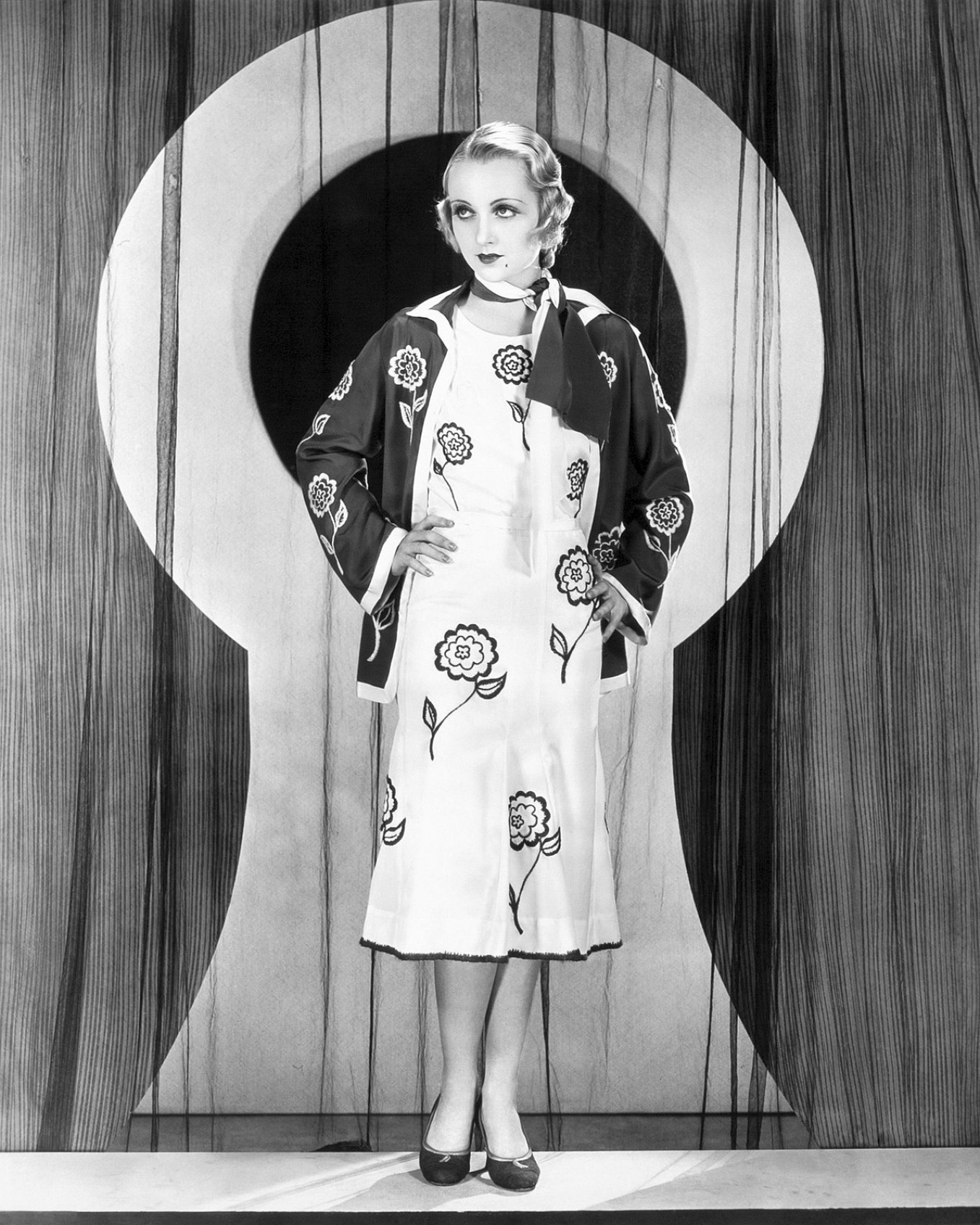 carole lombard safety in numbers 102a