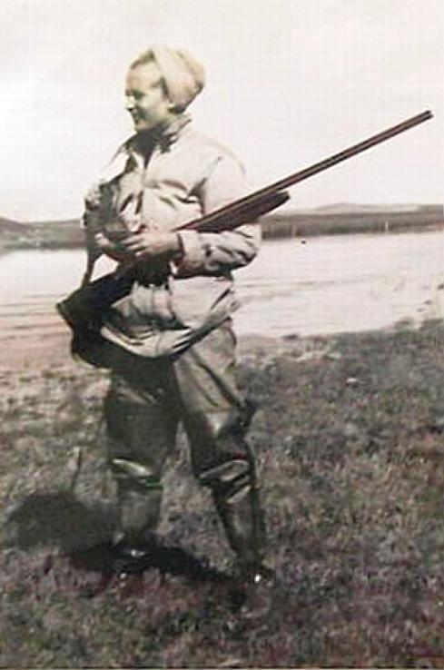 carole lombard clark gable 1941 south dakota hunting 00b