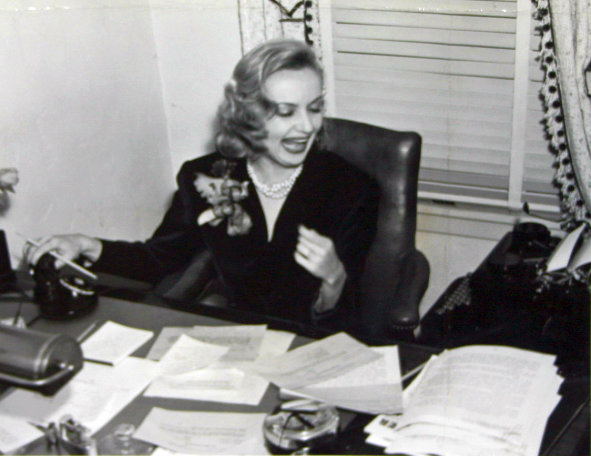 carole lombard publicity selznick 070738b evening news front