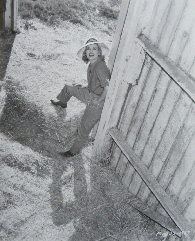 carole lombard p1202-1587a front