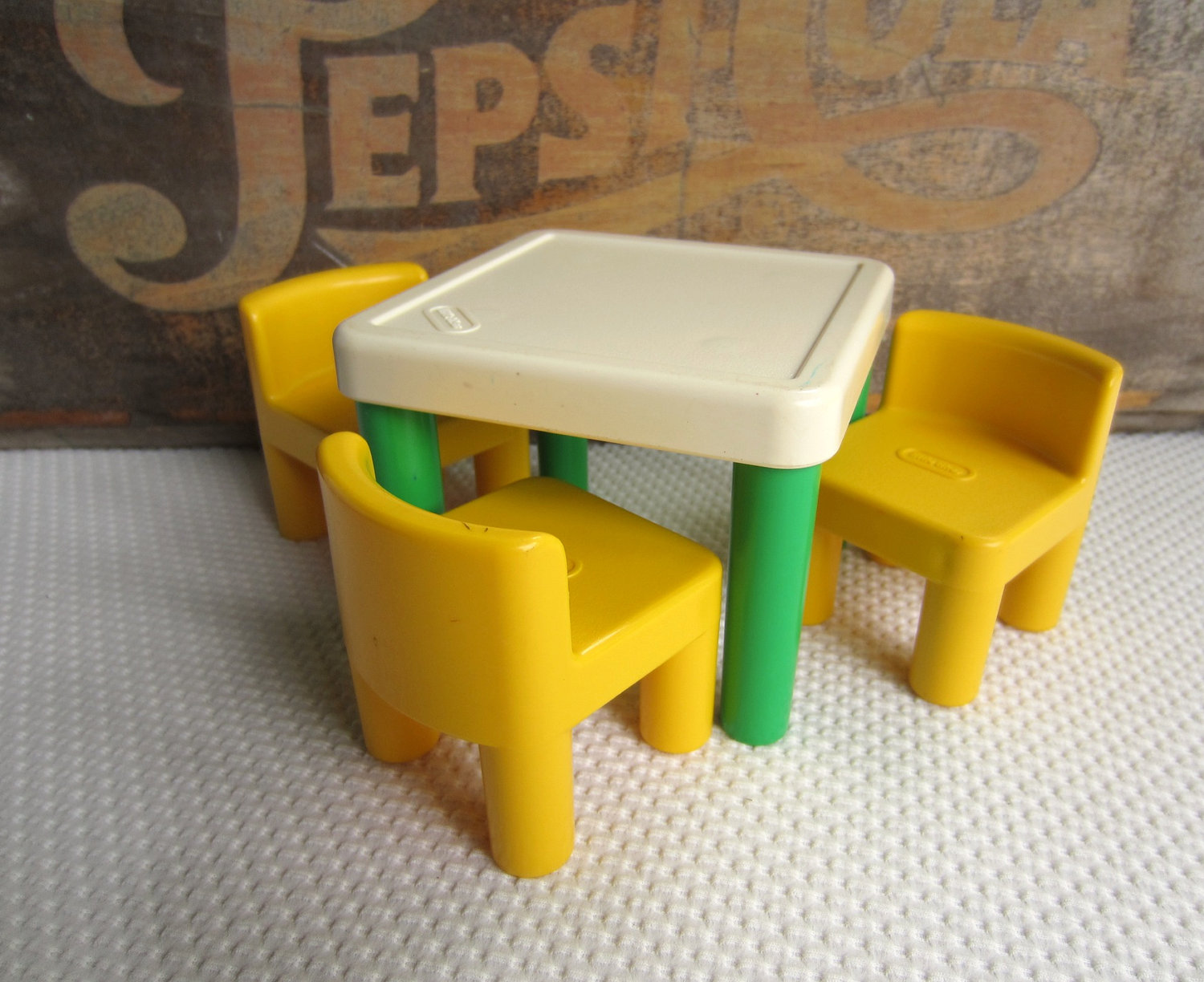 little kids table and chairs best outdoor rocking tikes classic set decor