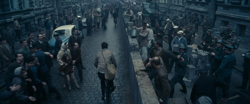 BridgeOfSpies_WallBike
