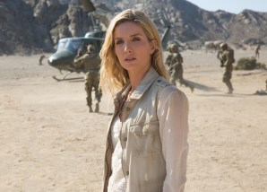 Annabelle Wallis co-stars in THE MUMMY (2017)