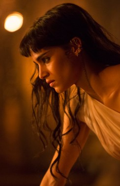 Sofia Boute co-stars in THE MUMMY (2017)