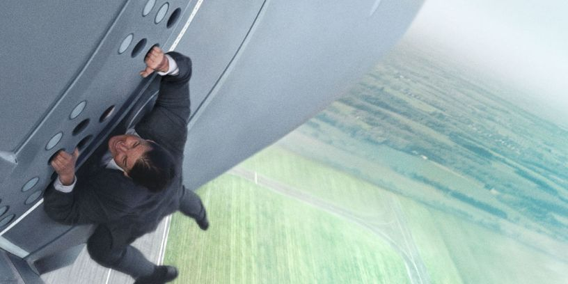 Tom Cruise stars as Ethan Hunt in MISSION: IMPOSSIBLE V - ROGUE NATION (2015)