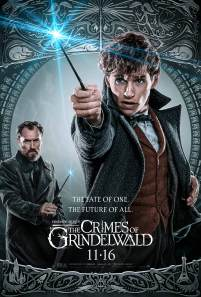 Eddie Redmayne as Newt Scamander and Jude Law as Albus Dumbledore in FANTASTIC BEASTS: THE CRIMES OF GRINDELWALD (2018)