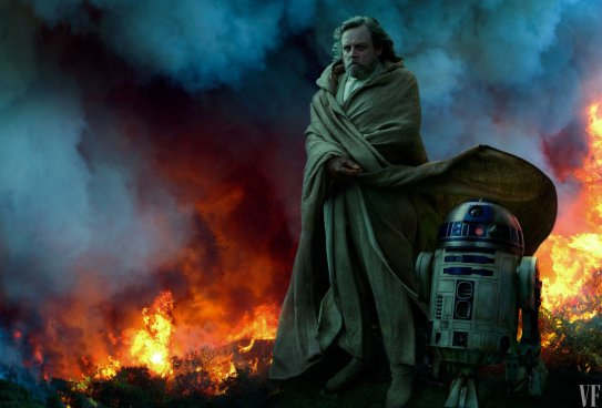 Mark Hamill (the ghost? of Luke Skywalker) stands with R2D2 in STAR WARS: THE RISE OF SKYWALKER (2019)