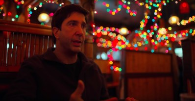 David Schwimmer co-stars in director Steven Soderbergh's comic thriller THE LAUNDROMAT (2019)