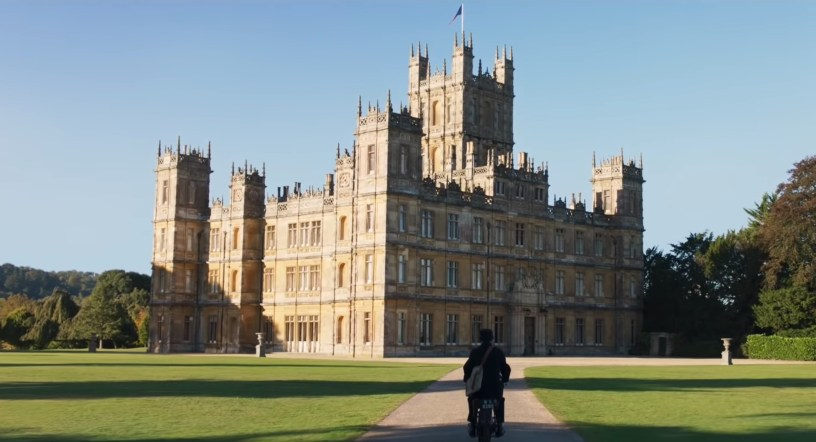 DowntonAbbey_EstateArrival